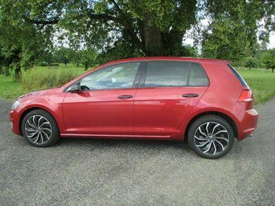 gebraucht VW Golf VII 1.2 TSI 105 Trendline DSG