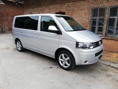 gebraucht VW Caravelle T5in sehr gutem Zustand zu verkaufen!!