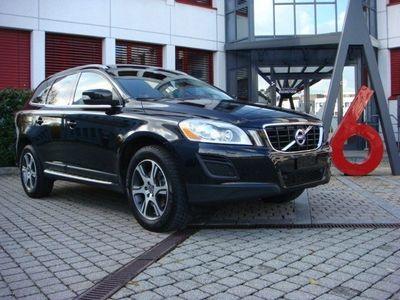 gebraucht Volvo XC60 D3 AWD Summum Geartronic
