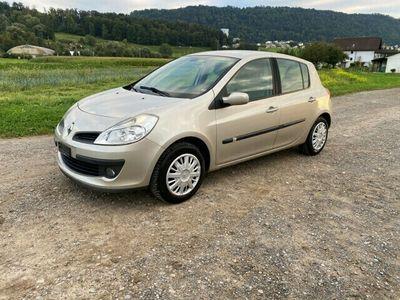 gebraucht Renault Clio 1.6 16V Exception