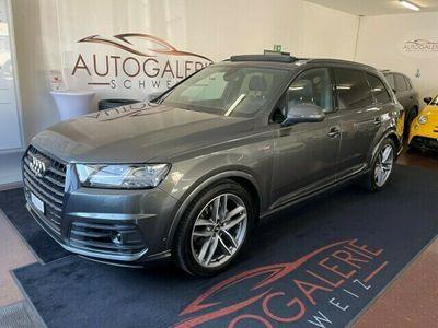 "gebraucht Audi Q7 50 TDI quattro tiptronic * CH * Panorama * Black Paket * 21"" *"
