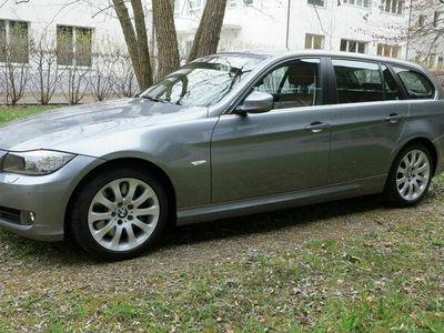 gebraucht BMW 330 3er xi drive zu verkaufen Preis Verhandelbar
