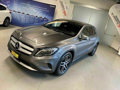 gebraucht Mercedes GLA220 d Style 4Matic 7G-DCT