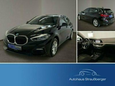 gebraucht BMW 118 i DKG Navi Pano AHK HiFi LED Qi 2Z NP:39.000€