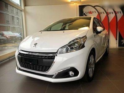 gebraucht Peugeot 208 Neuwagen mit 50% Rabatt
