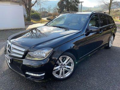 gebraucht Mercedes C300 C-KlasseCDI Avantgarde *AMG-Line* 4Matic 7G-Tronic