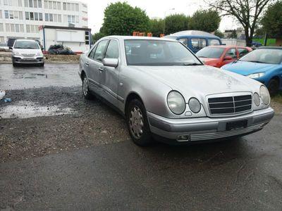 gebraucht Mercedes E320 E-KlasseElégance Automatic