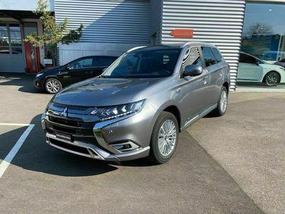 gebraucht Mitsubishi Outlander 2.4 PHEV Style 4WD Automatic