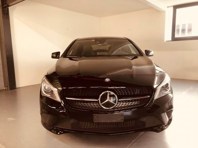 gebraucht Mercedes CLA200 Night Star 7G-DCT