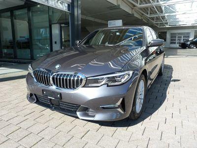 gebraucht BMW 330 3er d xDrive Luxury Line Steptronic