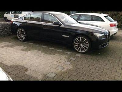 gebraucht BMW 750 7er i