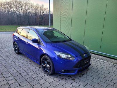 gebraucht Ford Focus 2.0 SCTi ST-1