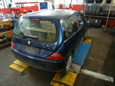 gebraucht Lancia Ypsilon 1.2 16V Elefantino blu