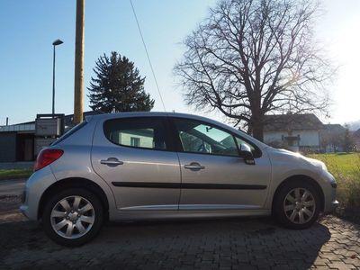 gebraucht Peugeot 207 (gepflegt, neuw. Ganzjahresreifen, nichtraucher)