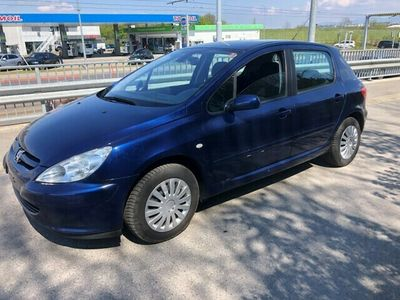 gebraucht Peugeot 307 2.0 16V Black&Silver Edition