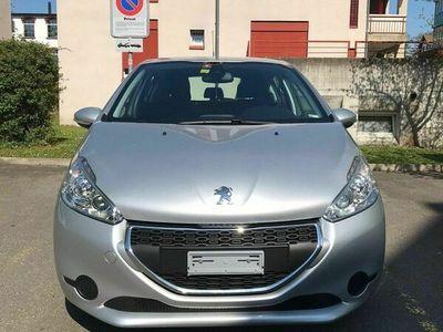 gebraucht Peugeot 208 1.2 VTI Active