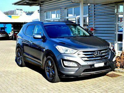 gebraucht Hyundai Santa Fe 2.2 CRDI Style 4WD Automatic /CH FAHRZEUG 7-PLÄTZER / TOP AUSSTATTUNG INKL. AHK FÜR 2.000KG