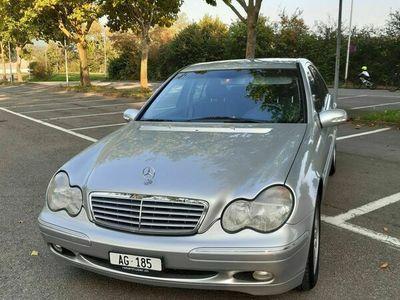 gebraucht Mercedes C240 C-Klasse Mercedes BenzElegance