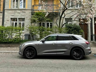 gebraucht Audi E-Tron - 50 advanced Attraction Quattro - Ausstattung top