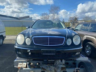 gebraucht Mercedes E320 E-Klasse E 320 CDI Avantgarde Automatic E-KlasseCDI Avantgarde Automatic