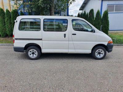 gebraucht Toyota HiAce 2.7 Kombi 4x4
