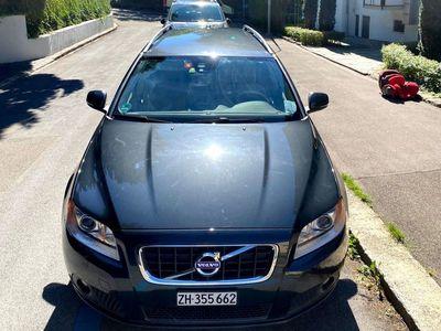 gebraucht Volvo V70 Hochwertiges Familienauto mit extra Winterausrüstung