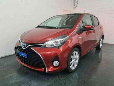 gebraucht Toyota Yaris 1.5 VVT-i HSD Sol Premium
