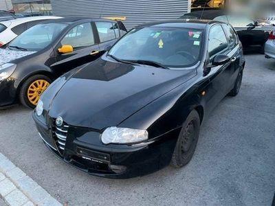 gebraucht Alfa Romeo 147 1.6 TS 16V JG 2002 Klima
