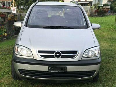 gebraucht Opel Zafira 2.2i 16V Linea Fresca