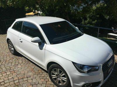 gebraucht Audi A1 A1 Zu Verkaufen A1 Attraction 1.4, Automat, Nur Barzahlung A1 Zu VerkaufenAttraction 1.4, Automat, Nur Barzahlung