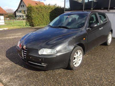 gebraucht Alfa Romeo 147 1.6 TS 16V Distinctive