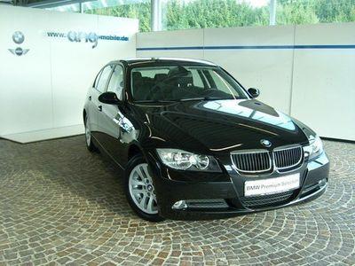 gebraucht BMW 318 i Limousine Klima PDC Tempomat