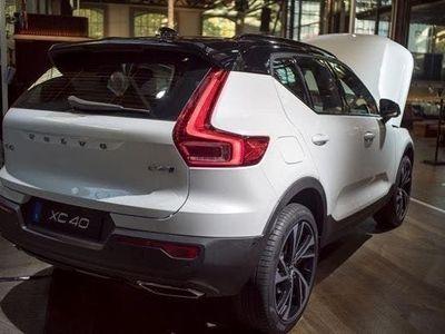 gebraucht Volvo XC40 XC40 NEWT4 Geartronic Inscription