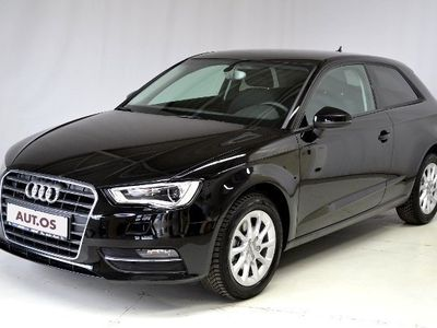 gebraucht Audi A3 Attraction 1.6TDI 110PS XENON SITZHZG PDC GRA