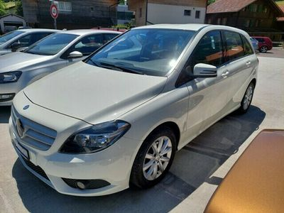 gebraucht Mercedes B180 7G-DCT