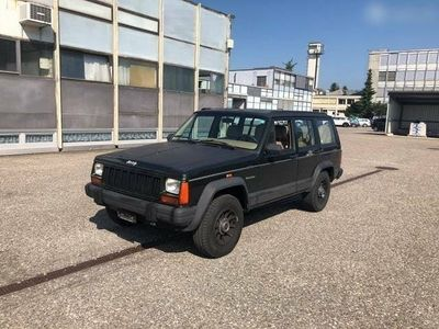 gebraucht Jeep Cherokee 4.0 Country - 195'713 km - AB MFK 03.2018