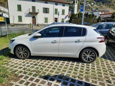 gebraucht Peugeot 308 1.2 THP Allure