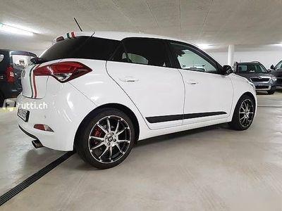 gebraucht Hyundai i20 1.0 TGDI exxtra Plus Dezent Gemacht