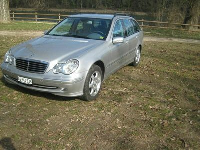 gebraucht Mercedes C240 C-Klasse MercedesV6 4Matic Kombi MFK 3.2020 KM 239500