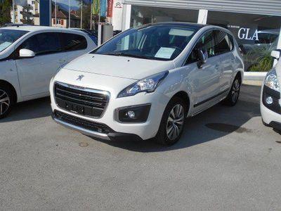 gebraucht Peugeot 3008 1.2 Pure Tech Sensa.