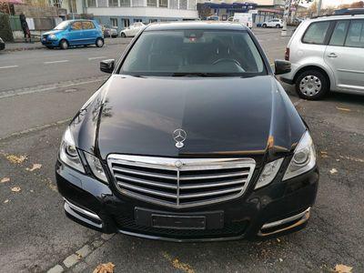 gebraucht Mercedes E220 E-KlasseCDI BlueEfficiency Avantgarde 7G-Tronic