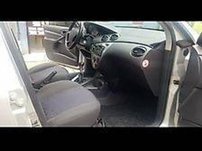 gebraucht Ford Focus 1,6 benziner