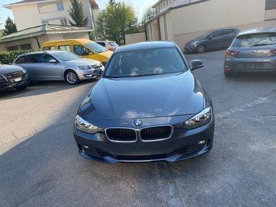 gebraucht BMW 320 i xDrive Steptronic