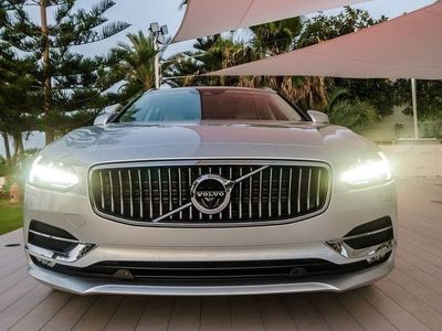 gebraucht Volvo V90 D4 AWD Kinetic Geartronic