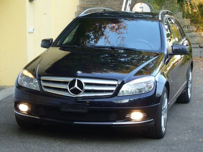 gebraucht Mercedes C250 C-Klasse MBCDI T Avantgarde, blau mét., Leder, frisch ab MFK