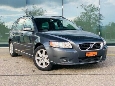 gebraucht Volvo V50 2.0D Summum Powershift