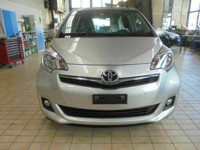 gebraucht Toyota Verso-S 1.33 VVT-i Linea Sol MdS