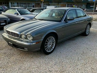 gebraucht Jaguar XJ6 XJ 6 2.7d V6 Executive2.7d V6 Executive