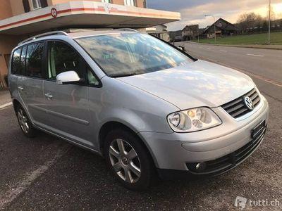 gebraucht VW Touran 1.4 Benzin.5 Plätze.