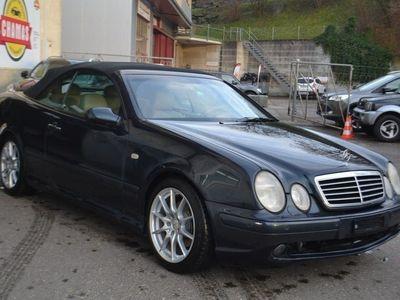 gebraucht Mercedes CLK320 Elégance Automatic